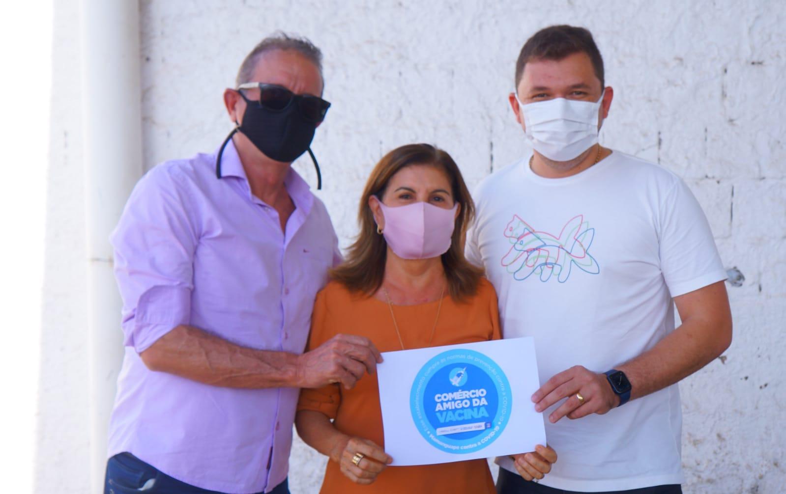 Selo Amigo da Vacina: Prefeita Eunice lança campanha para comércio local